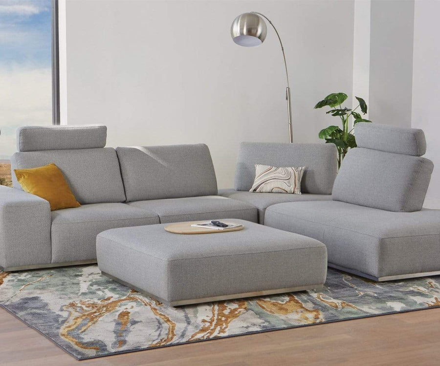 Nadia Right Sectional with Adjustable Backrest