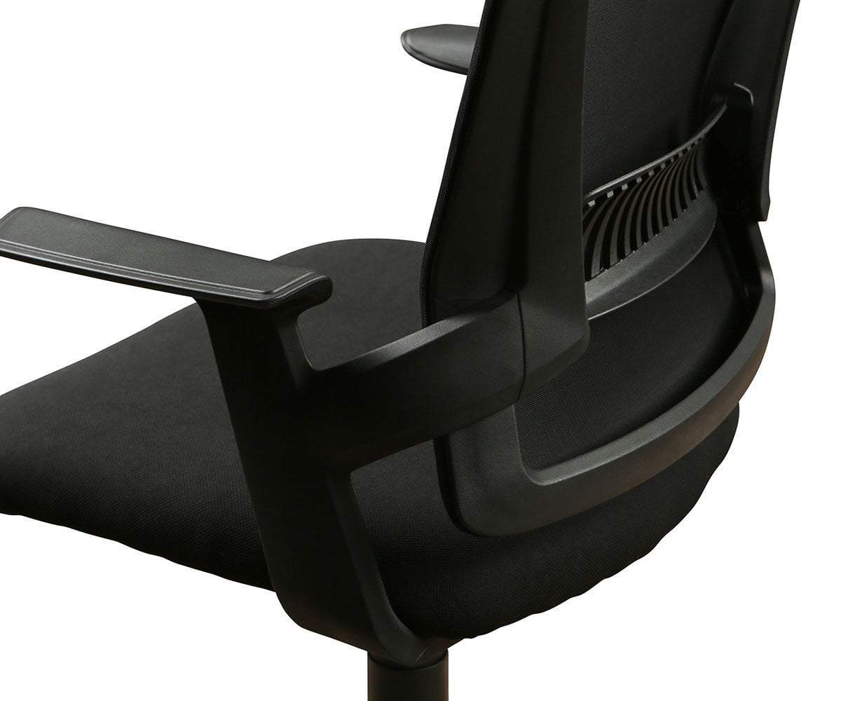 Pitka Chair Black - Scandinavian Designs
