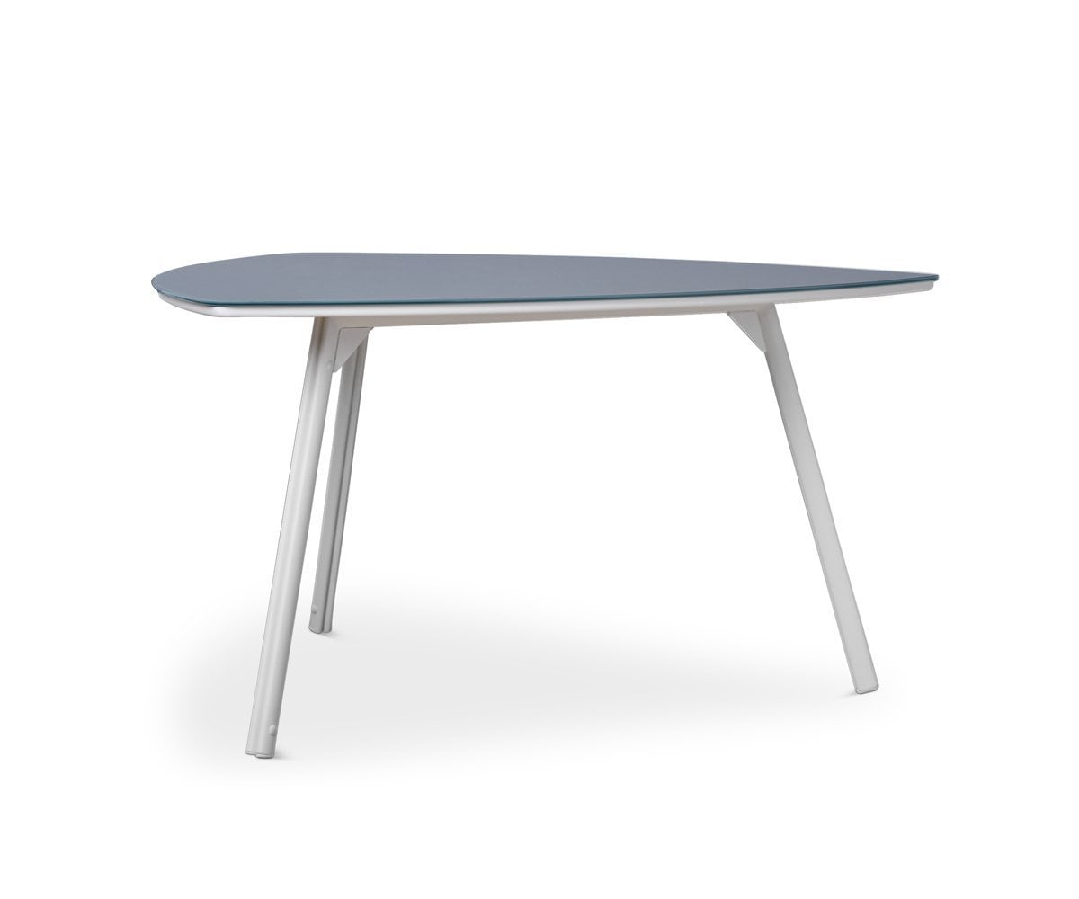 Merveilleux Inula Triangle Dining Table