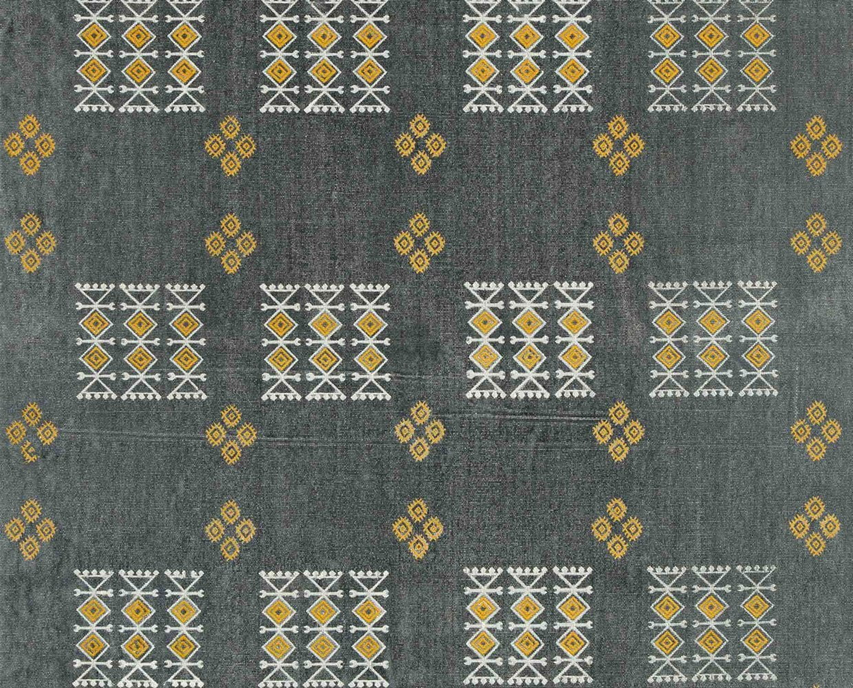 Natural wool tribal pattern rug