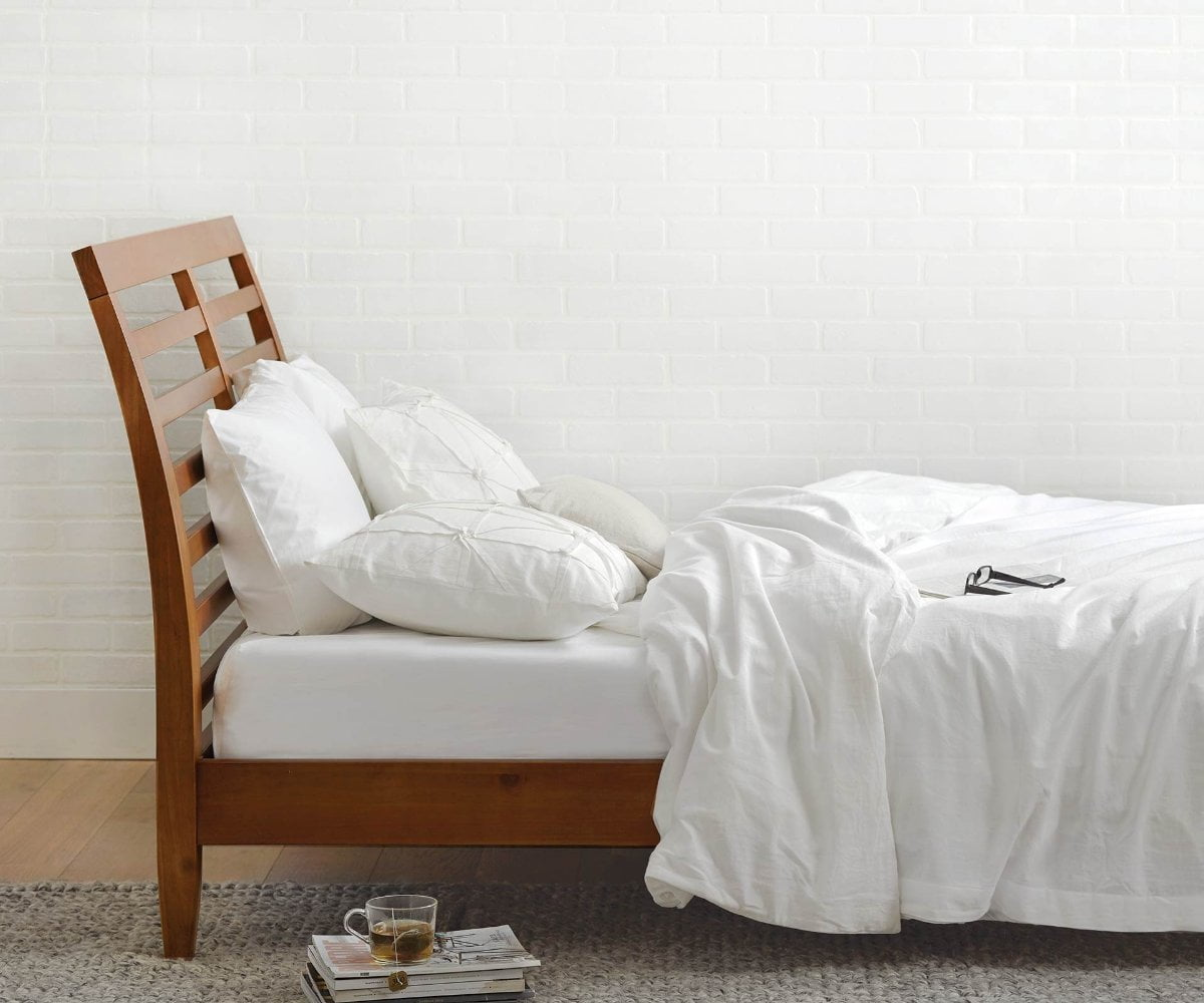 Pasadena Bed - Scandinavian Designs