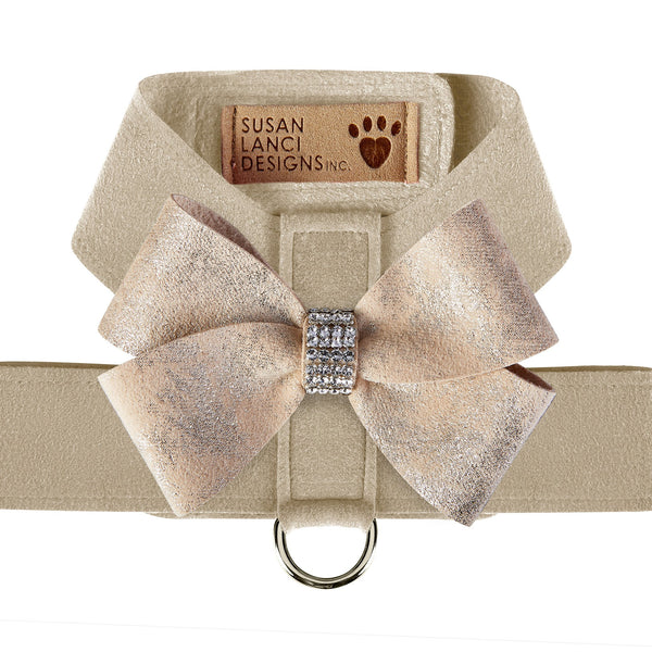 Doe with Champagne Glitzerati Nouveau Bow Tinkie Harness