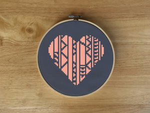 Heart Cross Stitch Patterns, Geometric Hearts, leia patterns