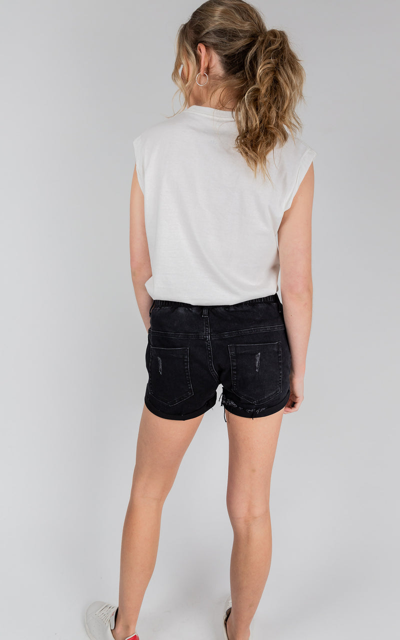 ACTIVE DENIM BLACK MID RISE SHORTS