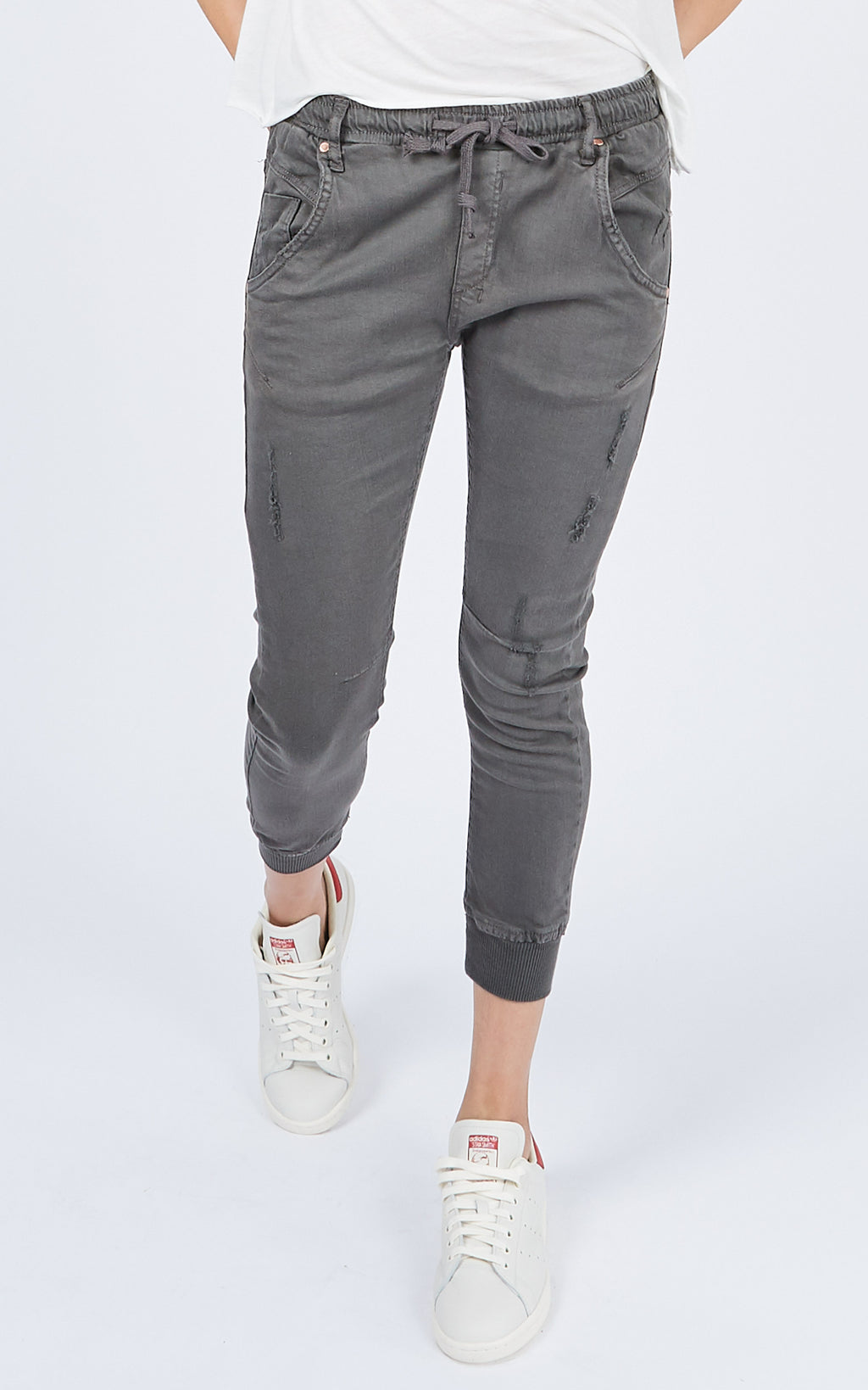 ACTIVE GREY MID RISE JEANS