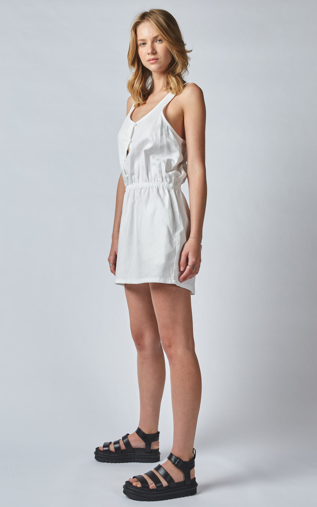 ORIA SPORTY WHITE LINEN DENIM DRESS