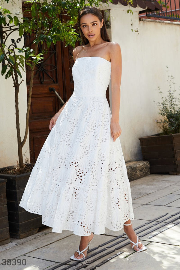 Beautiful White Strapless Dress