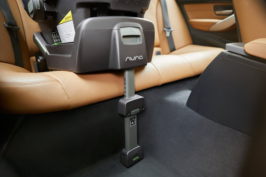 Nuna Pipa car seats install takes less than 5 mins!