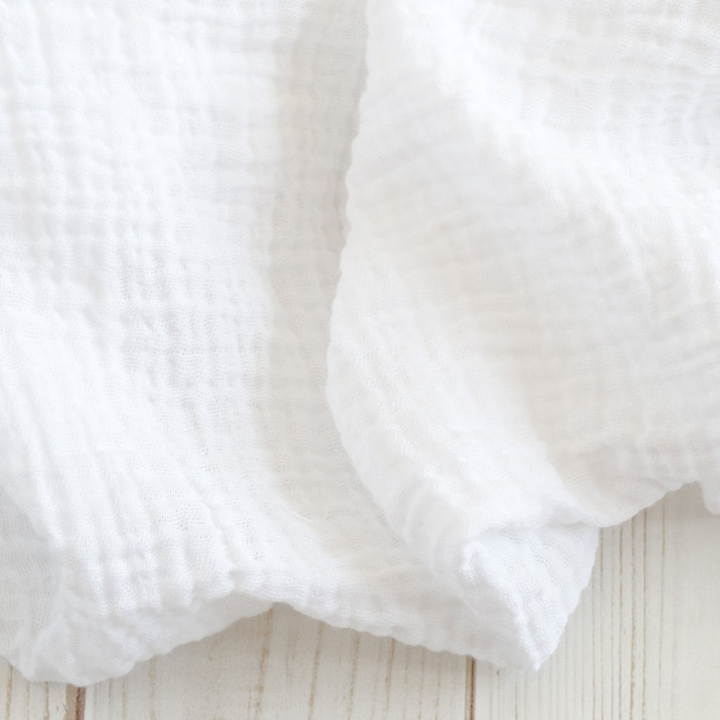 Sugar + Maple Classic Muslin Swaddle - White