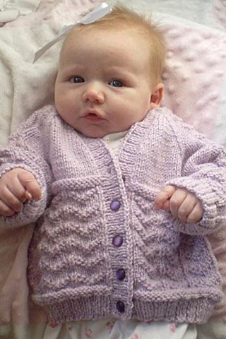 Knitting - Wavy Baby Sweater