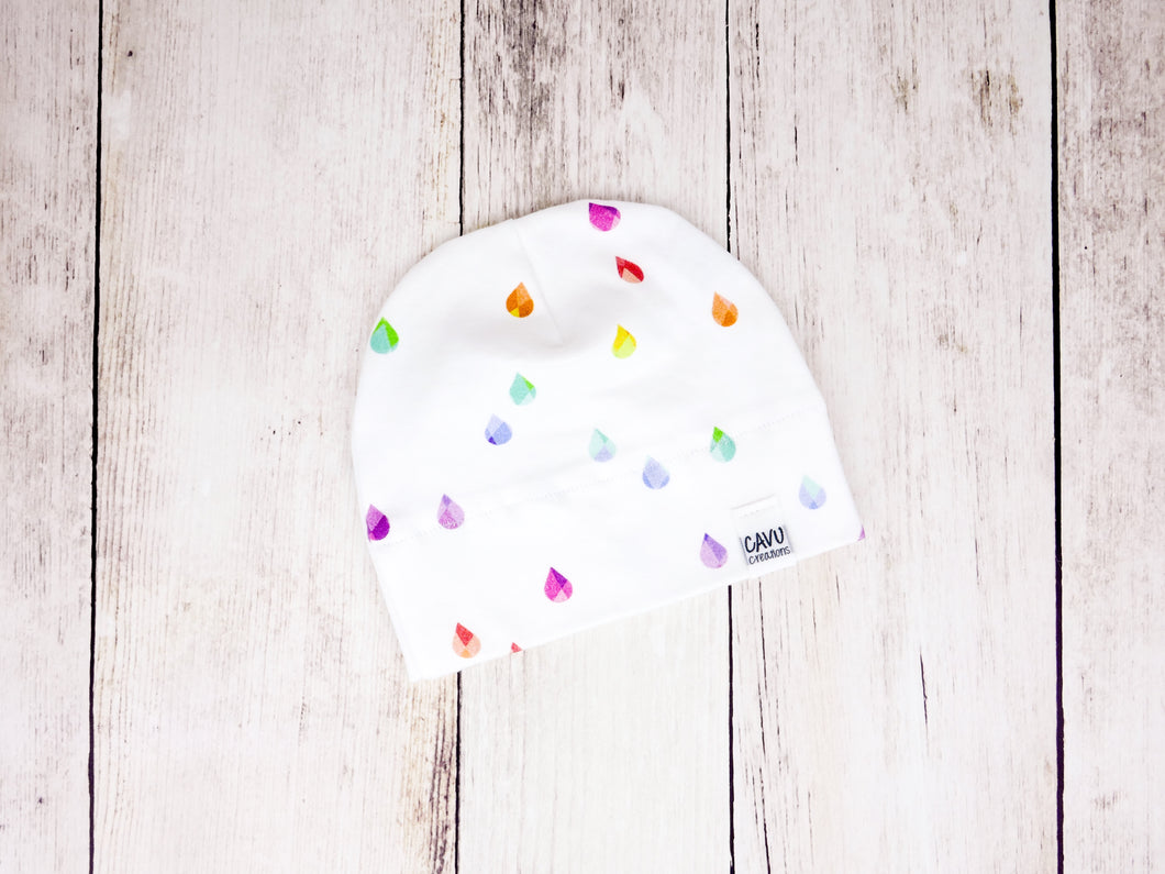 Rain Drops Organic Beanie - Rainbow Prismatic on White - CAVU Creations