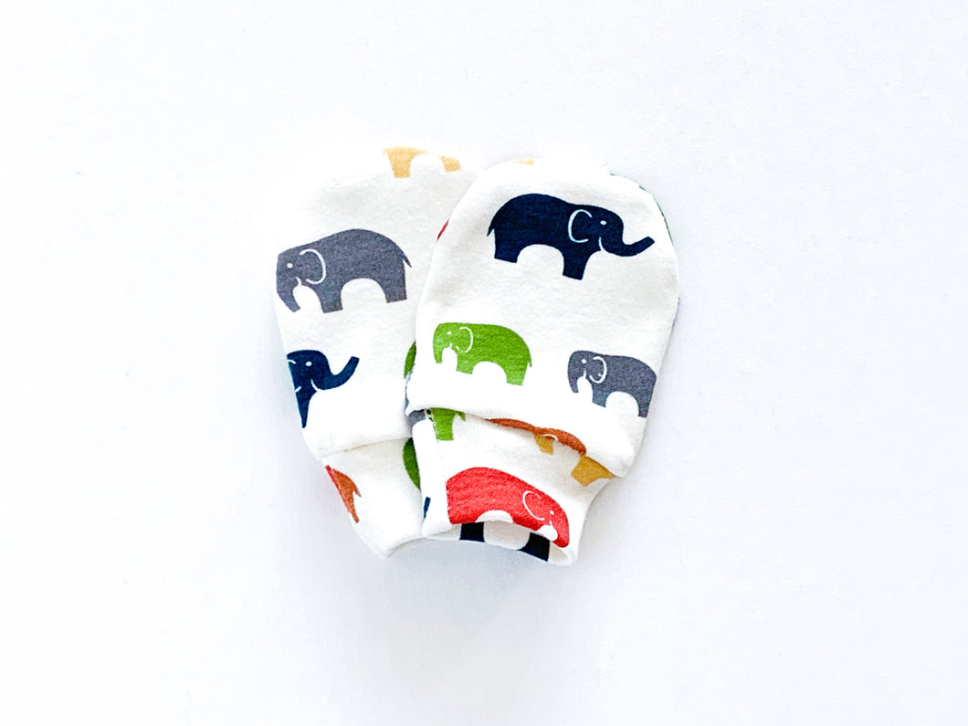 Elephants Organic Newborn Mittens - Multi / Off-White - CAVU Creations