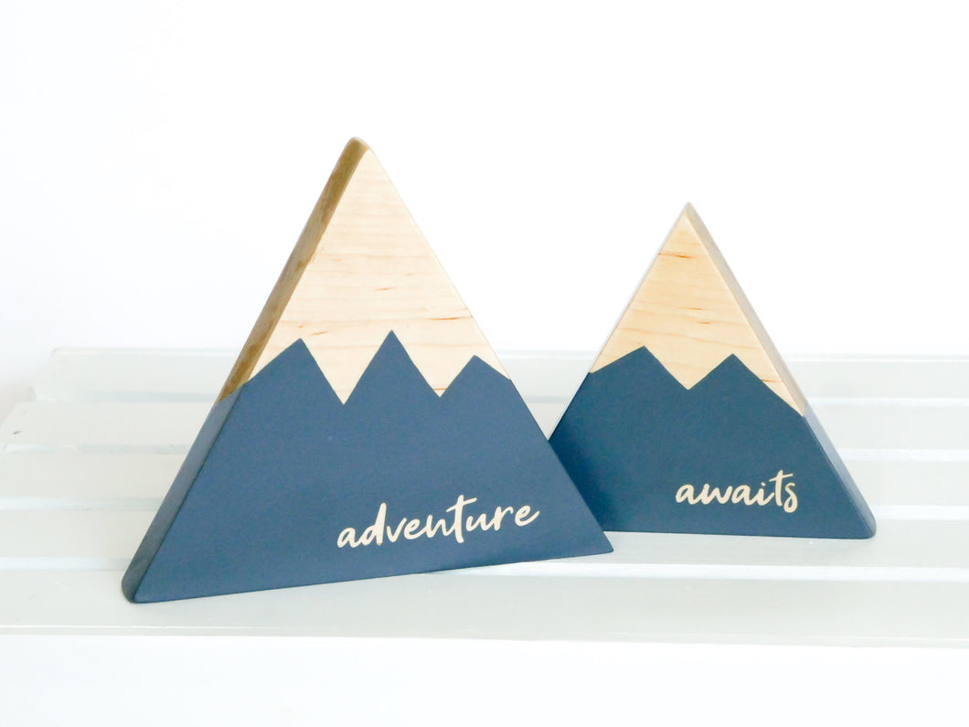 Wooden Mountain Set - Charcoal Gray -
