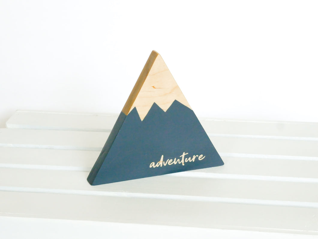 Wooden Mountain - Charcoal Gray -