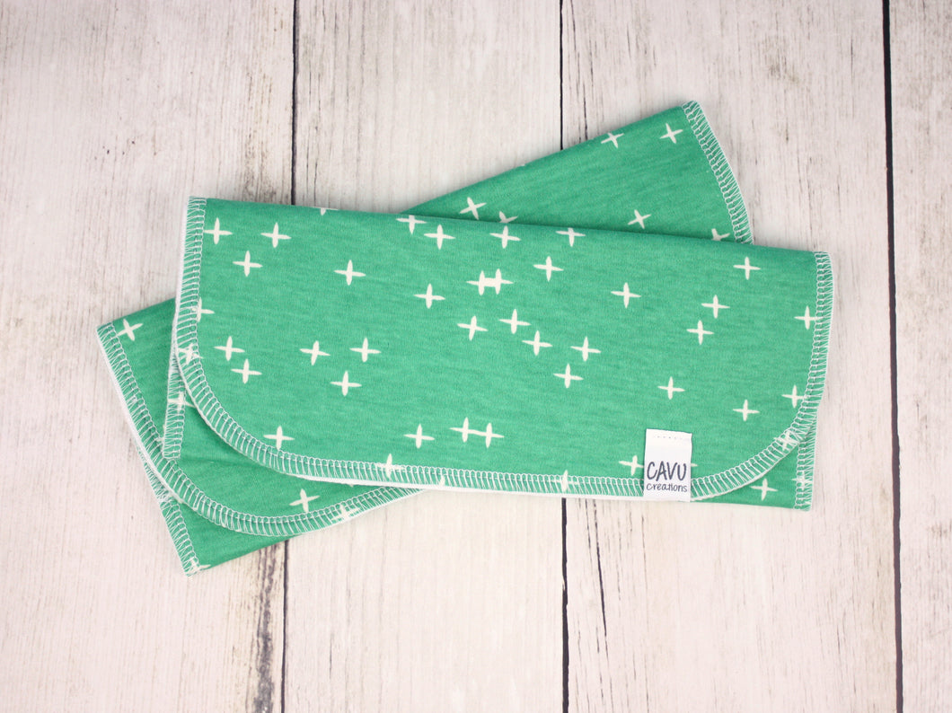 Plus Signs (Wink) Organic Burp Cloths (Set of 2) - White / Green - CAVU Creations