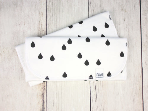 Rain Drops Organic Burp Cloths (Set of 2) - Black / White - CAVU Creations