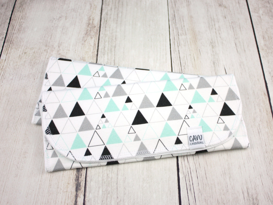 Stacked Triangles (Small) Organic Burp Cloths (Set of 2) - Mint / Gray / Black - CAVU Creations