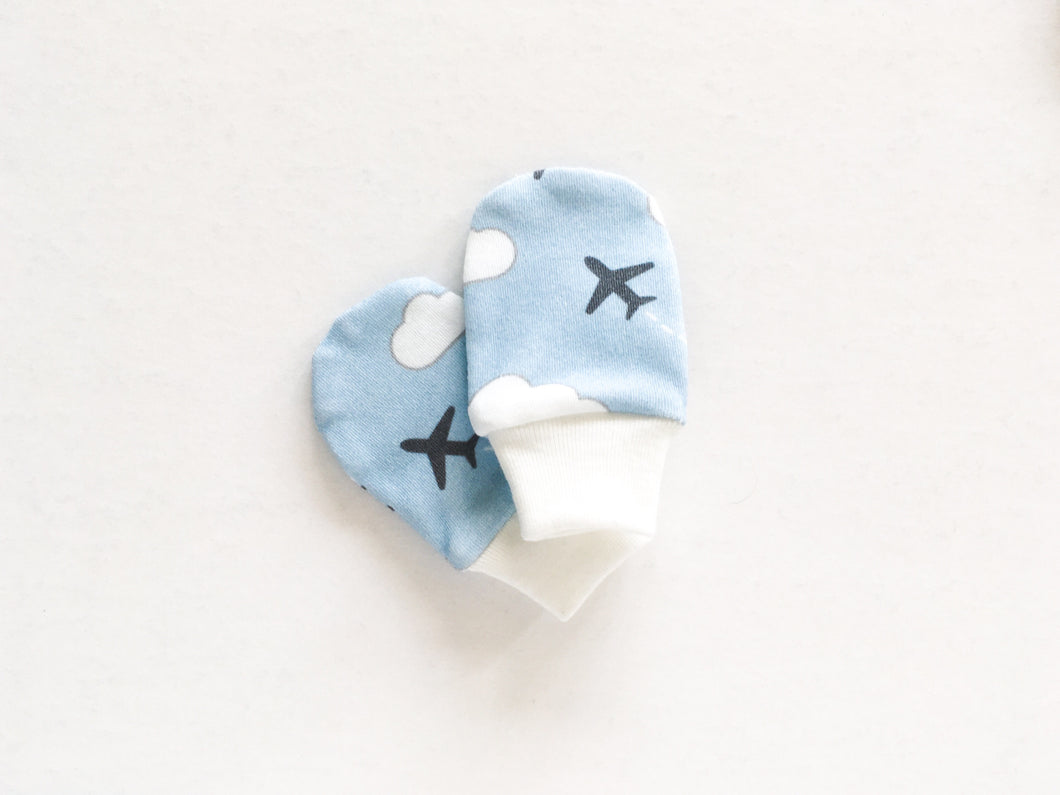 Jets in Clouds Organic Newborn Mittens - Gray / White / Light Blue - CAVU Creations