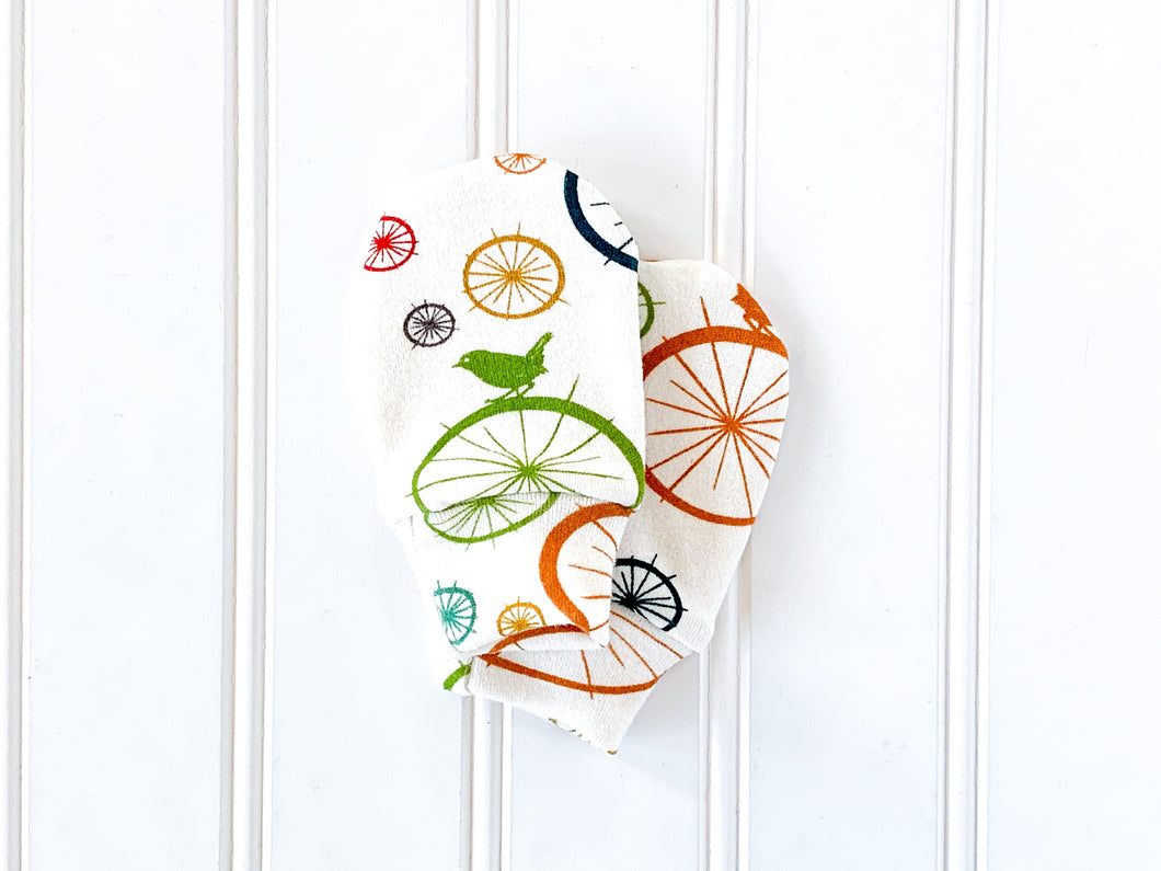 Birds + Spokes Organic Newborn Mittens - Multi / Cream - CAVU Creations