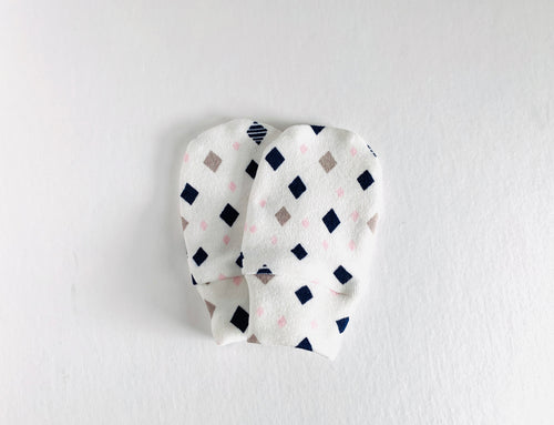 Diamonds Organic Newborn Mittens - Navy / Pink / Gray / White - CAVU Creations
