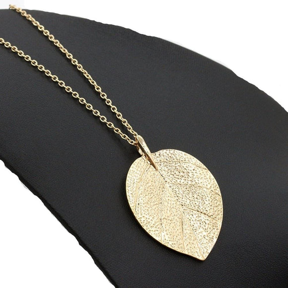 New Gold Color Chain Leaf Design Pendant Necklace for Women