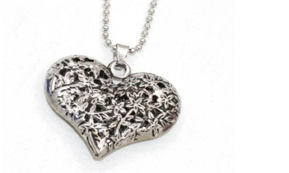Silver Gold Hollow Out Heart Pendant Necklaces For Women