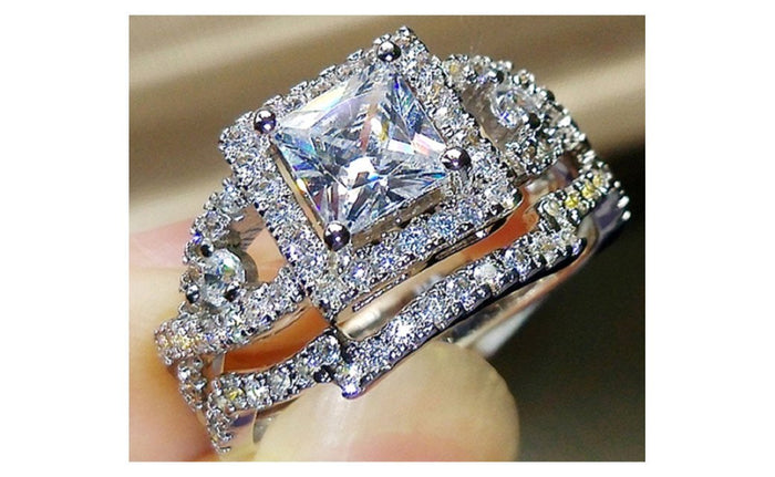 2Pcs Silver Plated Cubic Zircon Rings Set Crystal Solitaire