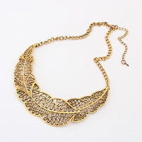 Vintage Metal Leaves Pendant Necklace for Women