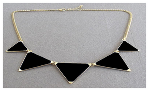 Black Geometrical Triangle Necklace Fashion Choker Necklace