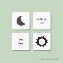 Black & White Flash Cards - Me Books Store