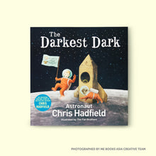 The Darkest Dark - Me Books Asia Store