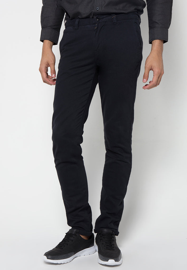Kennedy Slim Pants In Black - Skelly Indonesia - The Original Graphic Tees, Comfortable Basic - www.skellyshop.co.uk