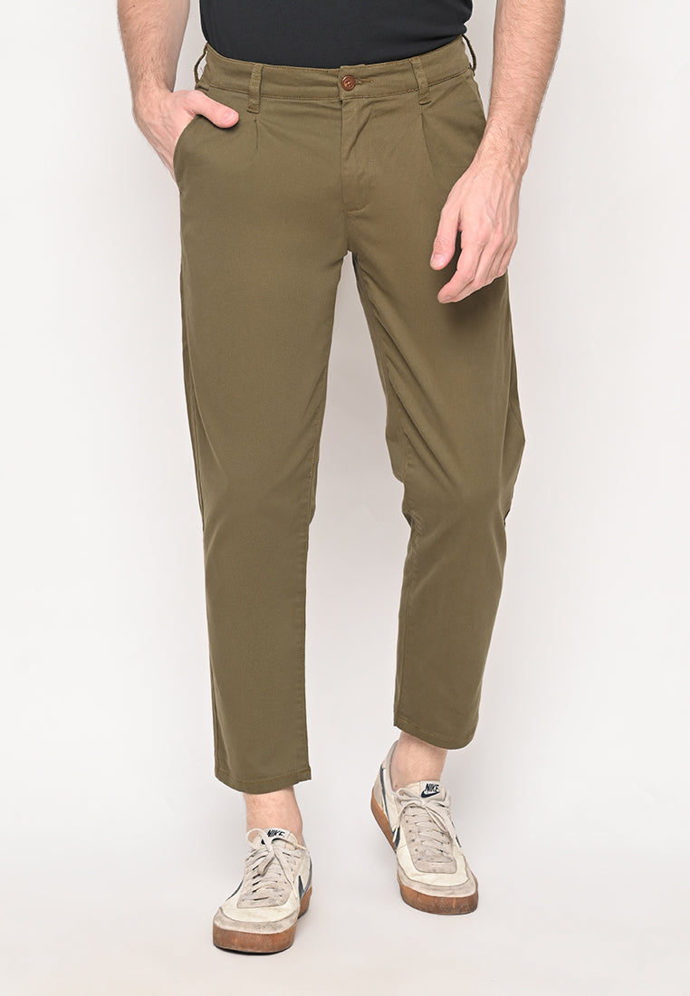Bill Tapered Crop Pants in Olive