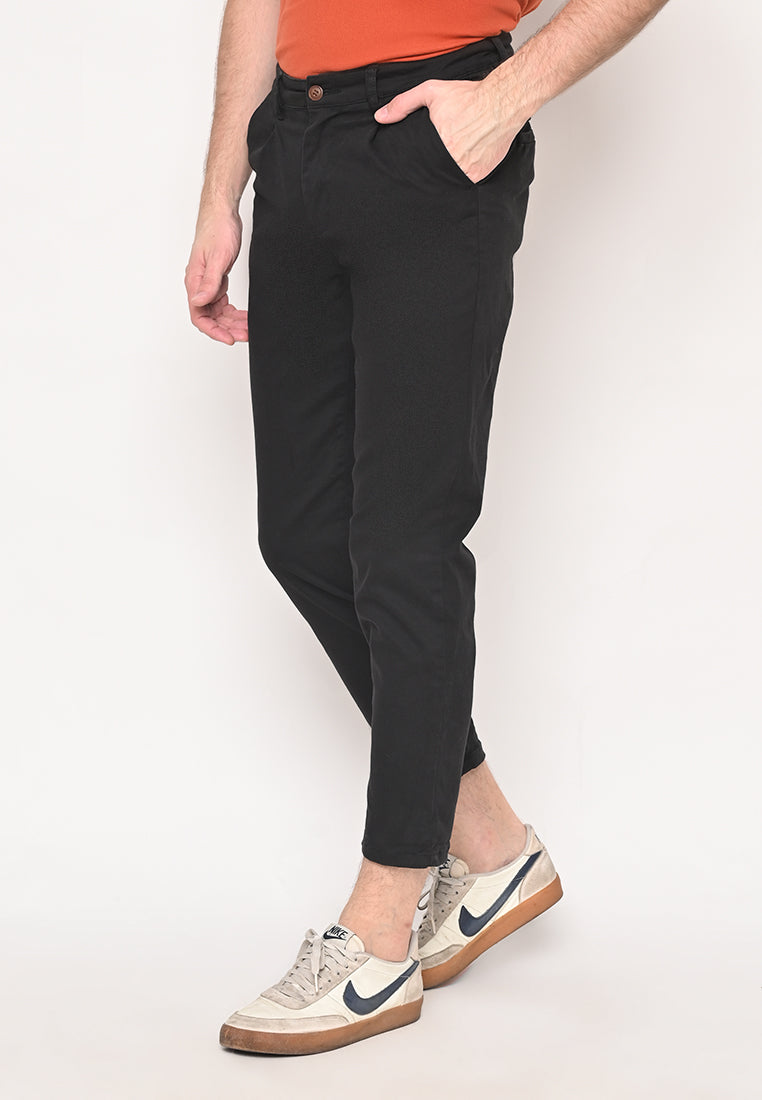 Bill Tapered Crop Pants in Black