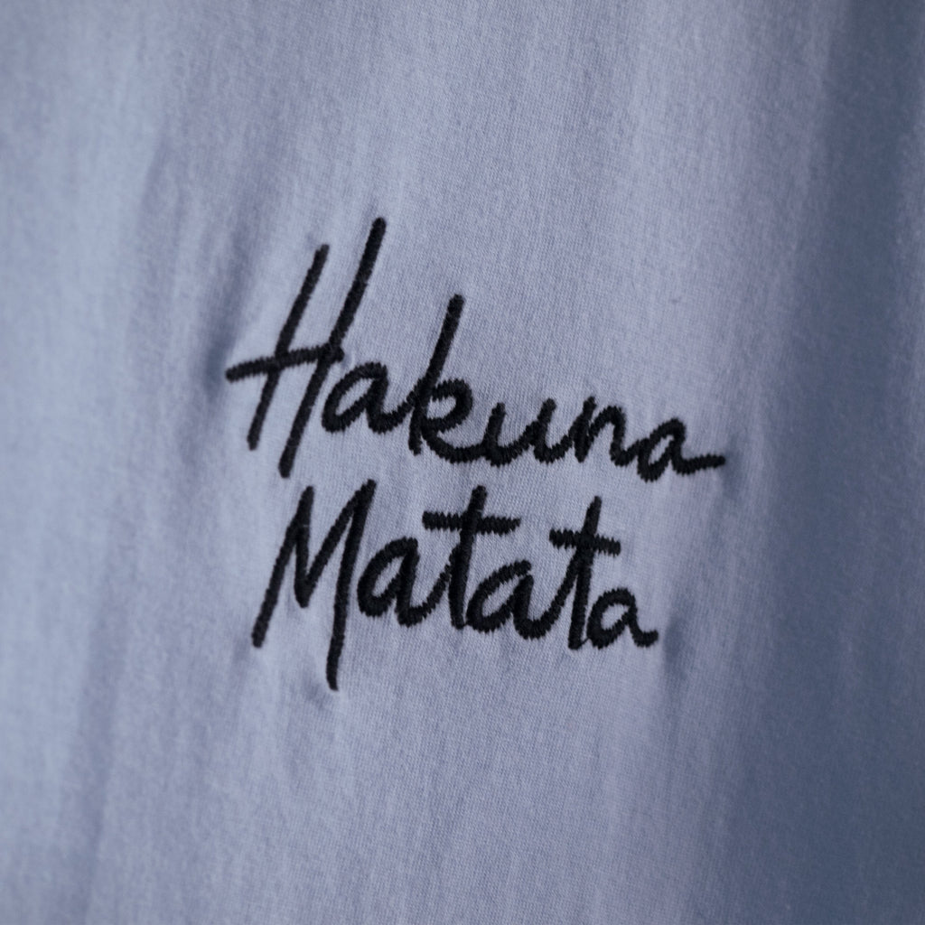 Hakuna Matata Graphic T-Shirt in Light Blue
