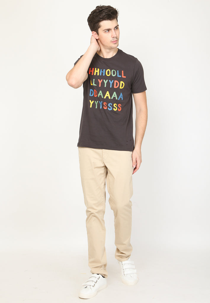 Holydays Graphic T-shirt in Jet Black