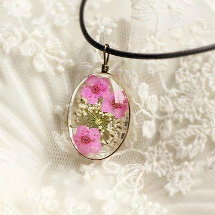Natural Dry Flower Necklace