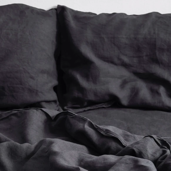 POND Black Bed Linen
