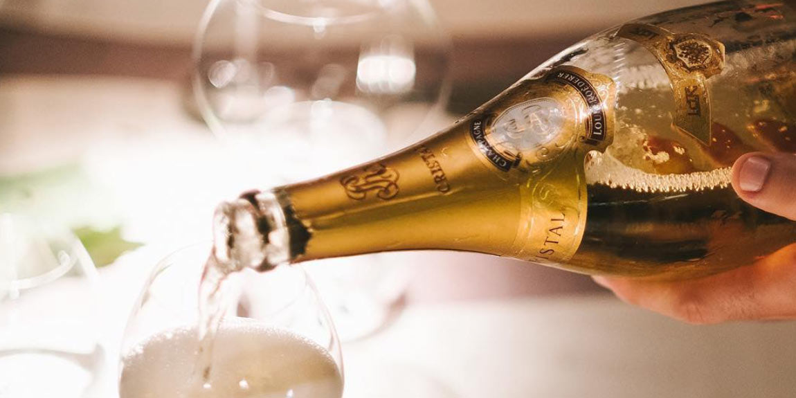 The Top 5 Faux Pas of Champagne Service