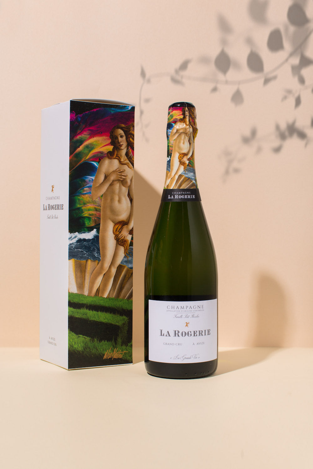 La-Rogerie-La-Grand-Vie-Collection-4-Venus-emperor-champagne.jpg