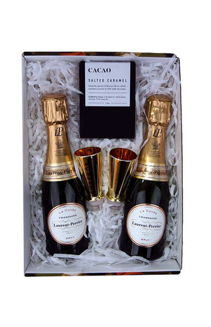Mini_Champagne_Bottle_and_Chocolate_Gift_Pack
