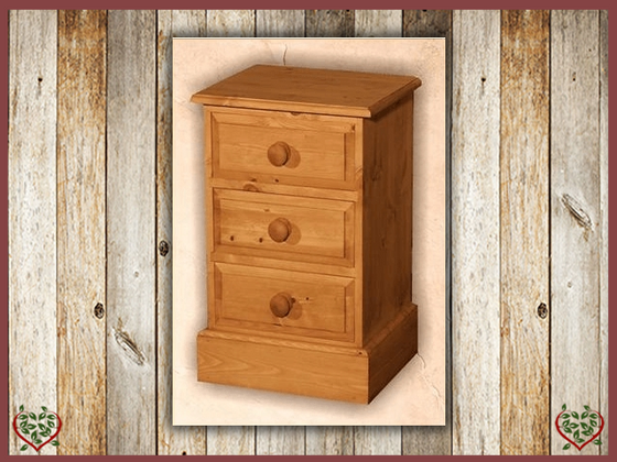 EDWARDIAN 3 DRAWER BEDSIDE CHEST | Paul Martyn Furniture UK
