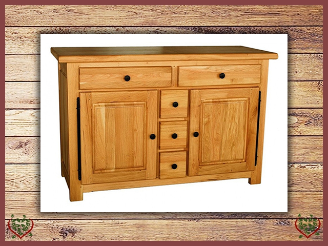 COUNTRY OAK 2 DOOR/5 DRAWER SIDEBOARD | Paul Martyn Furniture UK