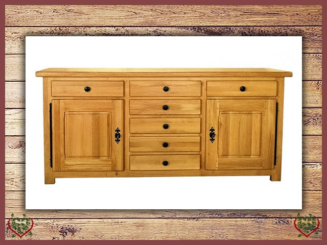 COUNTRY OAK SIDEBOARD 2 DOORS /7 DRAWERS