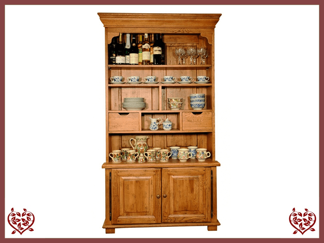 HERITAGE OAK DISPLAY CABINET – 2 DOORS/2 DRAWERS | Paul Martyn Furniture UK