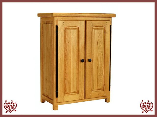 COUNTRY OAK STORAGE CUPBOARD - paul-martyn-furniture