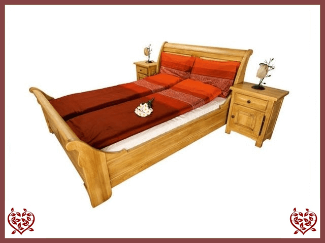 COUNTRY OAK DOUBLE BED (HORIZONTAL PANEL)
