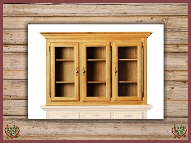 COURTIER OAK GLAZED CABINET/3 DOORS – TOP ONLY | Paul Martyn Furniture UK