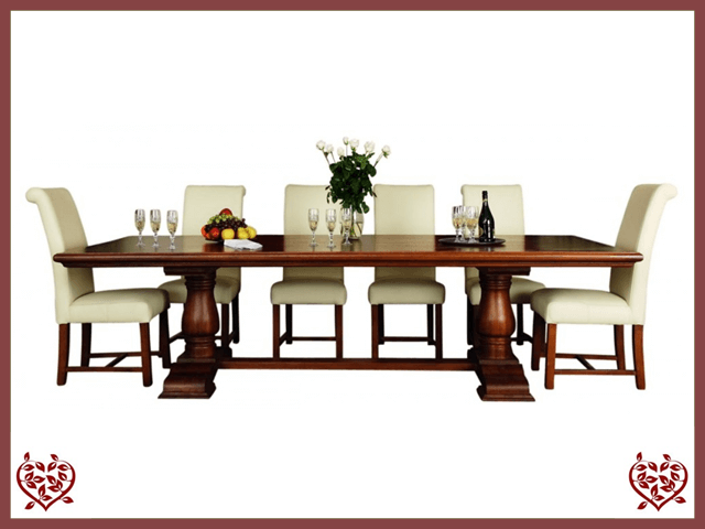COURTIER OAK RUSTIC DINING TABLE – ROUND LEGS | Paul Martyn Furniture UK