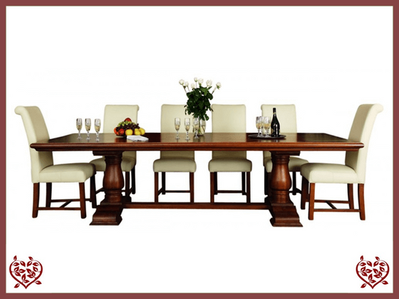 COURTIER OAK RUSTIC DINING TABLE – ROUND LEGS